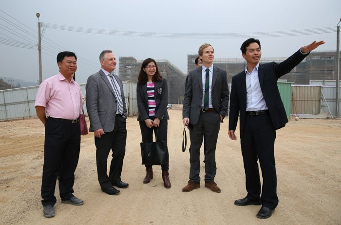 German Dr.Helge Neumann leads the investigation group to visit Jieyang